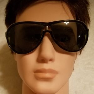 Gucci black & silver sunglasses